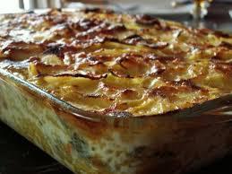 cuisiner poireaux gratin pommes de terre poireaux carottes recette ptitchef