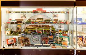 display case led lighting systems led retail lighting brighton toy museum project ge lighting europe