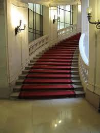 siege du credit lyonnais l escalier à révolution du siège central du crédit lyonnais