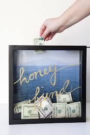 honeymoon shower gift ideas learn how to make this honeymoon fund frame honeymoon