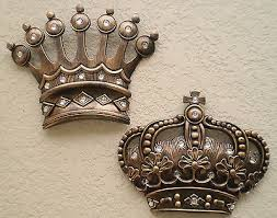 crown decor queen crown decor home decorating ideas