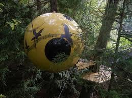 travelettes sleeping in trees free spirit spheres