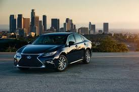 is 300h lexus the bold hybrid makes a move in safety lexus es 300h gets lexus