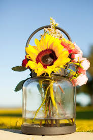 beautiful and delicious weddings fall wedding fun with sunflowers