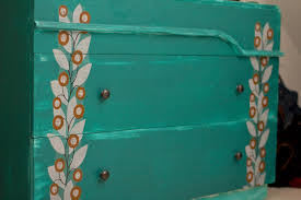 bureau turquoise diy coffee table upcycle poptalk