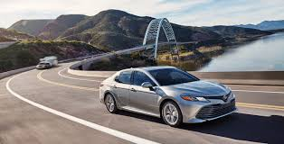 2018 toyota camry features