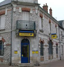 bureau de poste à proximité disparition des services publics postaux de proximité stop ou