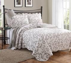 Girls Bedroom Quilt Sets Tahari Quilt Set Soulies Decoration
