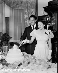 wedding cake lewis the wedding cake 1930 mr and mrs lewis johnson cutting the