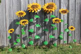 Garden Metal Decor Recycled Metal Sunflowers In 4 Sizes Yard Stakes Garden Flowers
