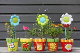 Painting Garden Pots Ideas How To Paint Flower Pots Garden Trellises Diy True Value