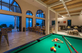 table vacation rentals homes amazing rent a pool table lake blue