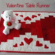 valentine s day table runner 201 best table runners images on pinterest table runners