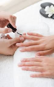 where to go for the best manicure in