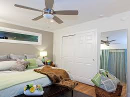 Ceiling Fan Size Bedroom by Ceiling Fan Size Is Right For My Room Inspirations Also Bedroom