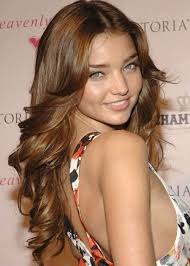 short hair fat face 56 56 miranda kerr hairstyle for round faces fancy flicks and curls