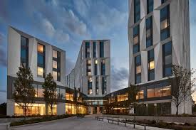 university chicago campus residential commons