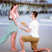 Meme Pizza - lol hilarious new meme shows men proposing with delicious pizza
