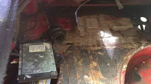 alfa romeo gtv6 rust repair and fuel cell install youtube