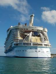 the 10 largest cruise ships in the world modern life is good