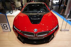 bmw i8 inside bmw u0027s i8 is even prettier in protonic red the verge