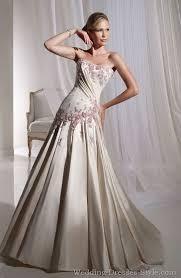 Wedding Dress Pinterest Best 25 Unusual Wedding Dresses Ideas On Pinterest Unusual