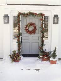 decorated wreaths ideas happy holidays