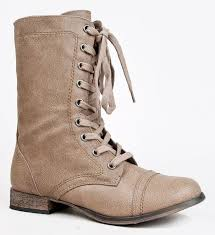 s boots with laces best 25 lace combat boots ideas on lace up combat