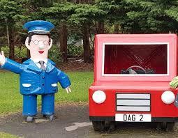 postman pat jess side picture den u0026