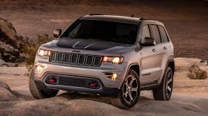 grand cherokee jeep 2016 2017 jeep grand cherokee trailhawk photo gallery autoblog