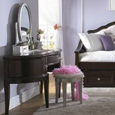 Small Bedroom Vanity by Bedroom Mesmerizing White Vanities Table For Small Bedrooms With