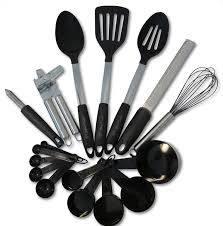 amazon com kitchen utensils and gadgets 17 piece silicone and