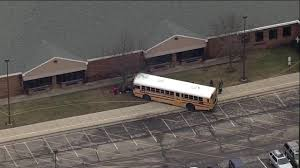 Buses To Six Flags Nj Principal Killed By Bus Pushed 6 To 10 Students Out Of Bus