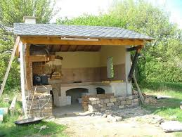 cuisine exterieure beton realisation d une cuisine ete et four bois lozere construire sa
