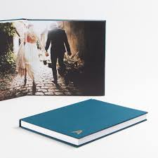 unique wedding albums wedding album ideas tips artifact uprising