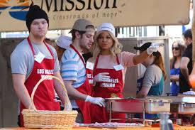 camila banus at the los angeles mission thanksgiving meal for the