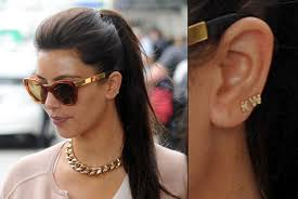 kanye west earrings sports kw earrings for kanye ny daily news