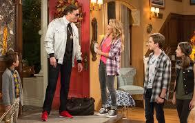 Seeking Trailer Season 2 Fuller House Season 2 Trailer Shows End To Dj Matt Steve Triangle