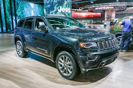 2016 jeep grand cherokee 37 000 2016 jeep grand cherokee suvs being recalled for shifter issue