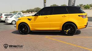 wrapped range rover evoque range rover modelle yellow range rover sport svr spotted in