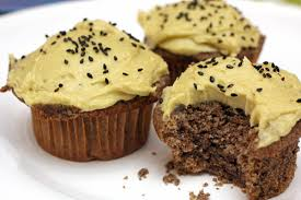 sesame cupcakes black sesame cupcakes with matcha buttercream camille cooks