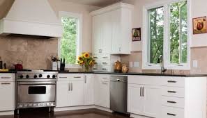 painting kitchen cabinets how many coats of primer how many coats of primer should you use for kitchen cabinets