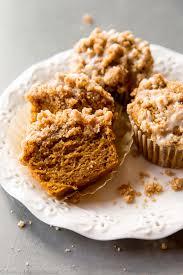 Pumpkin Cupcakes by Pumpkin Crumb Cake Muffins Sallys Baking Addiction