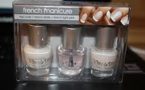 agnes beauty corner tutorial of how to make a french manicure