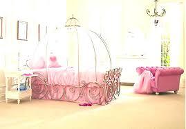 chambre princesse lit princesse carrosse tour de lit princesse disney lit bebe