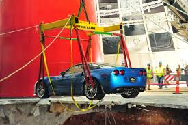 where is the national corvette museum inpark magazine car recovered from sinkhole at national