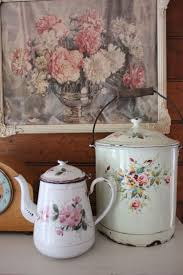 Vaisselle Shabby Chic 870 Best Antiques And Collectibles Images On Pinterest Canvas