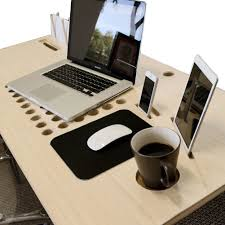 tech desk ippinka