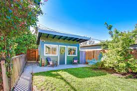 accessory dwelling unit long beach oks new rules for building granny flats showmehome com