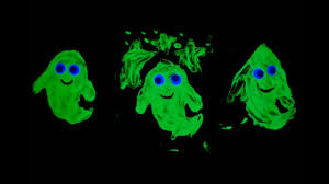 how to make glow in the dark puffy paint halloween ghost craft and